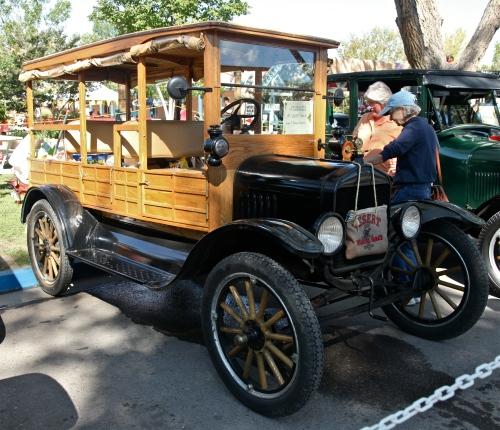 1917 Depot Hack, Model-T Ford