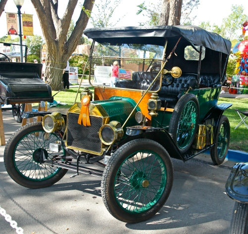 1912 Model-T Ford Touring Car